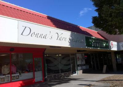 Donna's Yarn - Backlit Signage